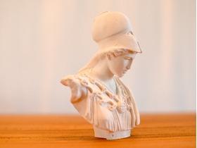 雅典娜雕塑